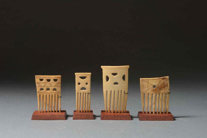 Peines o peinetas en miniatura - Cultura ashanti (Ghana)