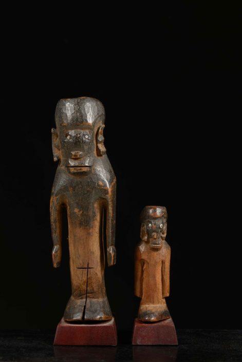 Relicario con forma de madre e hijo Cultura shambala o usambara (Tanzania)